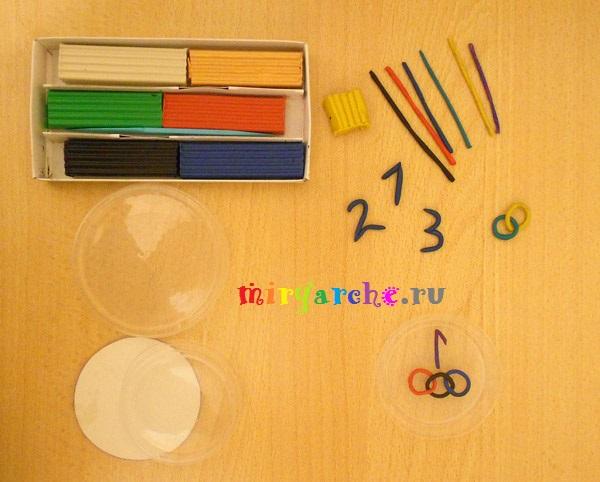 детская обратная аппликация из пластилина